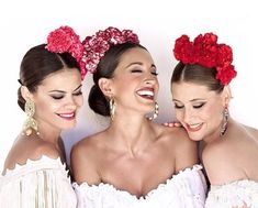 Headpiece for Spanish dance Spanish Dress, Spanish Dancer, Spanish Woman, Spanish Style, Spanish Gypsy, Spanish Hairstyles, Mexican Hairstyles, Havana Nights Party, Party Kleidung
