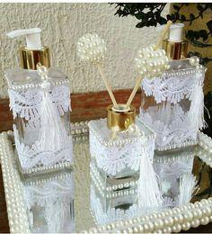 Diy Bottle, Bottle Art, Bottle Crafts, Pearl Crafts, Bathroom Crafts, Wedding Gift Boxes, Vanity Decor, Dollar Store Crafts, Fabric Jewelry