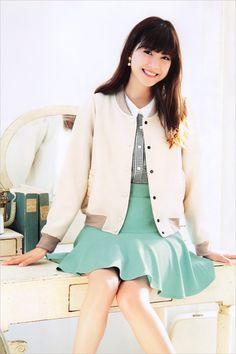 佐藤ありさarisa_sato Lost Girl, Japanese Fashion, Fashion Models, Actresses, Blazer, Lady, Womens Fashion, Cute, Jackets