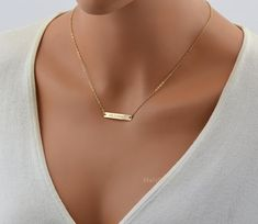 Check out Bar Necklace Gold, Name Necklace, Personalized Necklace Silver or Rose Gold, Bar Monogram, Name Plate Necklace on malizbijoux Gold Name Necklace, Diamond Cross Necklaces, Custom Name Necklace, Personalized Necklace, Bar Necklace, Silver Necklaces, Danty Necklace, Wing Necklace, Monogram Necklace