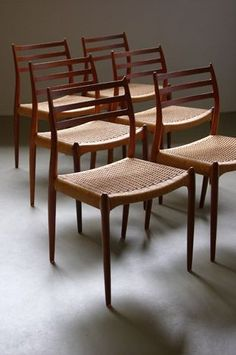 Moller 78 Dining Chairs