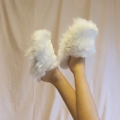 Slip your feet into luxurious softness S M L XL 11 alpaca fur upper shearling innersole suede sole cruelty free Alpaca Slippers, Soft Slippers, Fluffy Sandals, Peacock Crochet, Fluffy Slides, Lounge Outfit, Neck Massage, Fur Slides, Leather Sandals