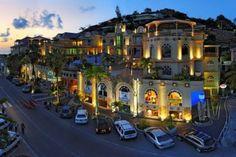 Marigot St. Martin  ...perhaps a little #Caribbean #shopping ; )