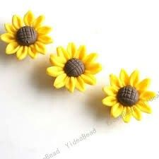Sunflowers, i can make these into earrings for my friend who loves sunflowers...these are very unique and cute!