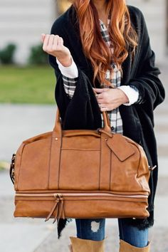 The perfect cognac weekender bag with a bottom shoe compartment