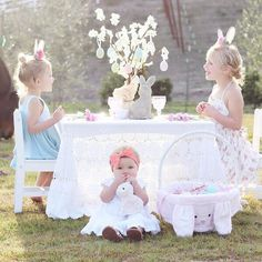 Chick🐥🐥🐥out Easter celebration with her darling bunnies! We hope there is room for us at the table this year! 🐰🐰💕 ∙ ∙ ∙ Hop on over to page to learn more on a chance to win a set of Easter Plates!