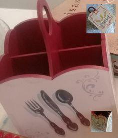 Porta talheres Mdf decorado. Peças artesanais.  #portatalheresmdf #caixaemmdf #pintura  #mdf #euquefiz  #presente  #paracliente #stencil  #mdfcaixadepresente #decoupage  #decoração #acrilex #tintastruecolors #tintasglitter #mdfcaixasdecoradas #mdfdecorado #feitocomamor #pinturaemmdf   #caixasmdf #caixadecorada #artesanato  #presenteespecial #mdfpresente #artesanatobrasil #decoraçao #caixaspersonalizadas #caixaspersonalizadasmdf