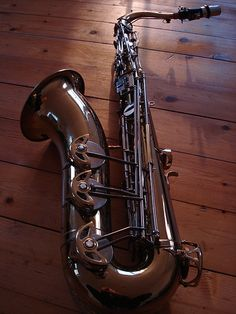 deceptivecadenza: LeBlanc Experimental saxophone. they fiddled with the design of the key work and lacquer recipe pretty cool looking.
