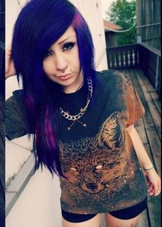 Shirt: t-shirt, pattern, verena schizophrenia, shorts, necklace ...