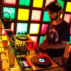 Create a professional Disc Jockey Profile at Starkut. Male, Female DJ, dj jobs in Mumbai, Delhi, Hyderabad, India