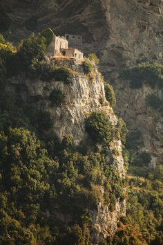 Path of the Gods (Sentiero Degli Dei), Amalfi Coast, Italy Conquer The Coast, iConquer.co
