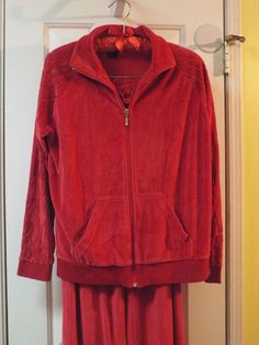 Women's Red Velour 2 Piece Casual Sweat Suit Size Med #Kaktus #TrackSweatSuits