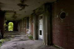 Photos and history of the abandoned Manteno State Hospital, in Manteno, IL. Also known as Manteno Mental Health Center, MSH. ..♥.Nims.♥