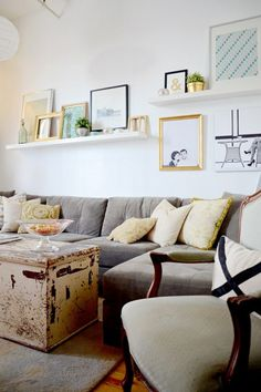 10 Enhancing ideas: Floating Shelves Bookcase Nooks white floating shelves over couch.Floating Shelf How To Spaces white floating shelves over couch. New Living Room, Above Couch, Wall Decor Living Room, Ikea Living Room, Living Decor, Living Room Shelves, Living Room Decor, Floating Shelves Living Room, Ikea Lack Shelves
