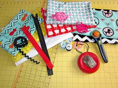 Weekend Wonders with Fabric.com: Zippered Pouches in Three Sizes