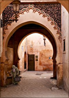 Marrakech: I need to travel here so I can not only absorb the culture, but also study the architecture (which is freakishly similar to the architecture of southern Spain)