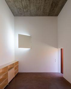 Gallery of House in Oeiras / Pedro Domingos arquitectos - 32