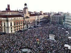 NYC Protest for World Revolution Foto Madrid, Paris Skyline, Dolores Park, Spanish, Louvre, Politics, Nyc, Street, World