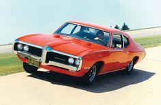 1968 Pontiac Grand Prix http://www.musclecardefinition.com/