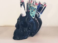 Unique, one of a kind, printed skull lighter stand. Add a unique flair to the room, or give it as a gift! Stoner Room, Glass Pipes And Bongs, Cool Bongs, Cool Lighters, Goth Home Decor, Skull And Bones, Boyfriend Gifts, Bedroom Decor, Arts And Crafts