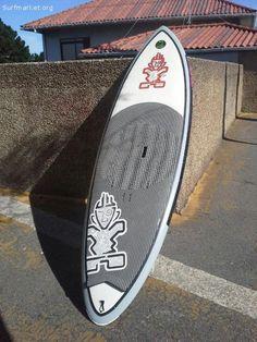 Sin apenas uso. Excelente para olas. También para travesías cortas. 123 litros. 8,5x29.  Tabla de gama alta.  Regalo funda.  Envío a toda España.