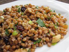 Salada de Trigo com Nozes e Passas