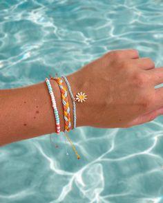 Preppy Bracelets, Surfer Bracelets, Beach Bracelets, Cute Jewelry, Beaded Jewelry, Handmade Jewelry, Jewellery, Bracelet Patterns, Bracelet Designs