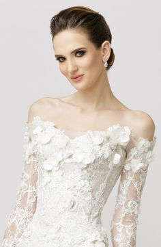 Half up half down wedding hairstyles flatter almost any bride because of the versatility of styles. Be inspired and learn how to achieve this look. Wedding Dress Train, Gorgeous Wedding Dress, Wedding Gowns, Minimal Wedding Dress, Bridal Dresses, Bridesmaid Dresses, Mod Wedding, Vintage Bridal, Bridal Style