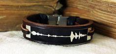FREE SHIPPING - Sound waves bracelet. Personalized Bracelet, Wedding anniversary gift. Voice recording. Genuine Leather with Aluminium Plate by DenizKumu on Etsy