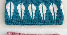 Jeg har lekt meg litt med mønster igjen og strikket dette velkjente mønsteret fra 70-tallet. De er størrelse voksen og ligger i butikke...