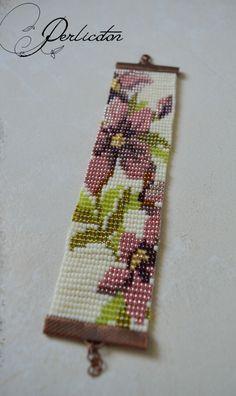 Manchette tissée en perles Fleurs Vintage