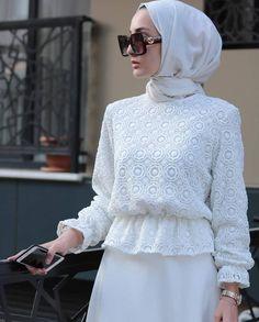 Style hijab party 49 new Ideas Hijab Dress Party, Hijab Style Dress, Modest Fashion Hijab, Hijab Look, Modern Hijab Fashion, Islamic Fashion, Abaya Fashion, Muslim Fashion, Fashion Dresses