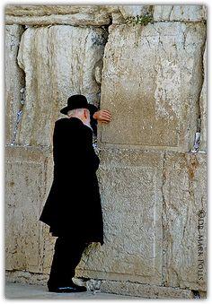 The Western Wall . Jerusalem.     ☛ ۞  6´ https://de.pinterest.com/AlyceRR/jewish-life/