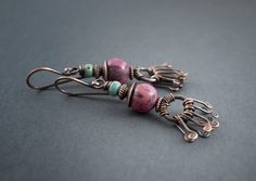ethnic earrings • tribal • rustic • oxidized copper • pink • crasy lace • Agate • handmade jewelry • turquoise • primitive • hand forged by entre2et7 on Etsy