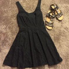 Black lace dress! Black lace flowy dress. Zips up in the back, also you tie a bow in the back. No holes or rips in the lace. Never been worn! From smoke free home! Aeropostale Dresses