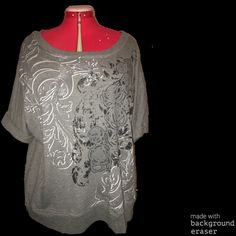 Heavy sweater material 3/4 length sleeve top Very pretty design. Pockets in front fits 2/3x Tops Sweatshirts & Hoodies