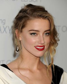"""Took name  Amber Heard  Narcisstic  Psychopathia RAV DSM-5 manual   NIMH. Transgender,  born male gender. When..  ?  Come out RAV  and  tell your celeb,   celebrity plastic surgery  story, itis  fashion to  come out  country Texan, Syntetic  Model, ELLE   Vogue   Harpers Baazar,  Cosmopolitan,  Guess,  Cover  girl,   the  removal of the  gland """"Adam's apple"""" is  done  from inside leaves no  scars on  skin or any  visible signs  Tyrannosaurus Rex  resurrected  running on…"""