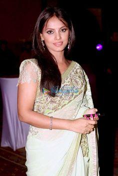 Neetu Chandra (born 20 June an Indian film actress, model and martial artist. Neetu Chandra was born in Patna, Bihar, India. Bikini Images, Bikini Photos, Neetu Chandra, Indian Beauty Saree, Indian Film Actress, Saree Dress, Hottest Photos, Beautiful Actresses, Hd Images