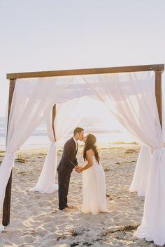 Beachy Chic Wedding In California | Anna Delores Photography