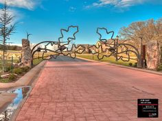 221 N Sugar Hill Dr Arcadia, Oklahoma - Oklahoma, Oklahoma City, Arcadia, Edmond, Nichols Hills Luxury Homes & Real Estate - Contact Realtor Wyatt Poindexter with Keller Williams Elite at 405-417-5466 or visit property website at: 221SugarHill.com