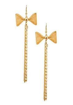 MULTICHAIN BOW ACCENTED DROP EARRINGSBOW ACCENTED MULTI-CHAIN EARRINGS Bow accent multi-chain drop earrings. Fabulous and feminine, these earrings add a playful touch of girly glamour to any outfit. Features a dazzling mix of crystal and gold chains suspended from a mesh bow accent. Gold. 5587  Color:Size: Style #: 5587 Select a Qty $5.90