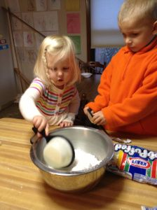 Great list of winter activities for toddlers @ the To Be A Mom blog!