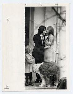 Paul, Linda, Heather, Martha & Kitten on the McCartneys' wedding day