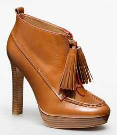 Ooooooh cognac tassel ankle boots....love fall shoes!!!