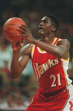 Chicago Bulls, Dikembe Mutombo, Dominique Wilkins, Atlanta Hawks, Nba Players, Nba Basketball, Sports Illustrated, Swagg, All Star