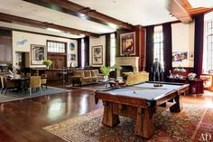 Library : Movie Producer Peter Guber's Los Angeles Home