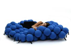 The Feel Deluxe is made of 120 soft and extremely pleasant balls.  The oversized dimensions gives plenty of room for singles, couples and families.