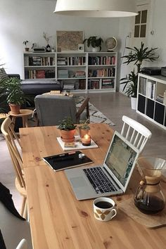 Home Office Design Apartments Bookshelves 56 Ideas Dream Apartment, Apartment Interior, Apartment Living, Cozy Apartment, Apartment Office, Apartment Goals, One Bedroom Apartment, Sweet Home, Appartement Design