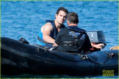Henry Cavill Films 'Man from U.N.C.L.E.' After Ex Kaley Cuoco's Engagement News | henry cavill shows off muscular arms for man from uncle 01...