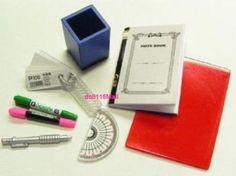 RE-MENT-34-miniature-stationery-pencil-notebook-penstand